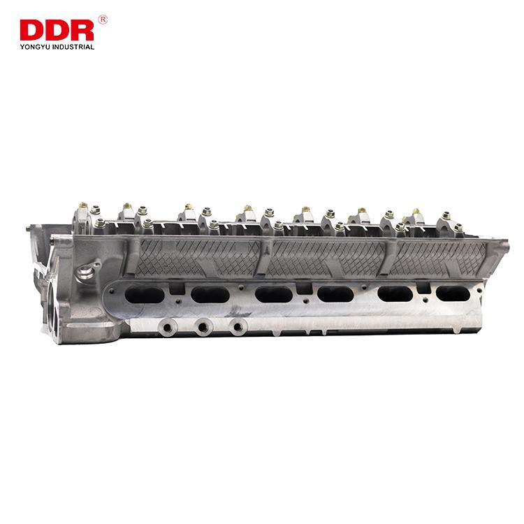 11121748391 Aluminum cylinder head M50M52 (1)