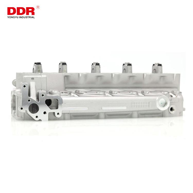 4M40 Aluminum cylinder head ME202621 (1)