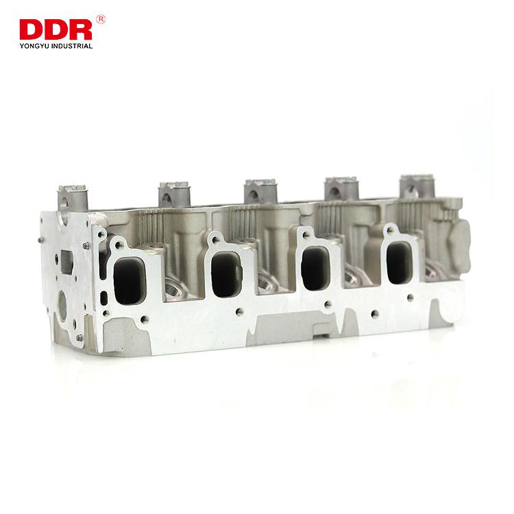 Aluminum cylinder head ZD224D22 (1)